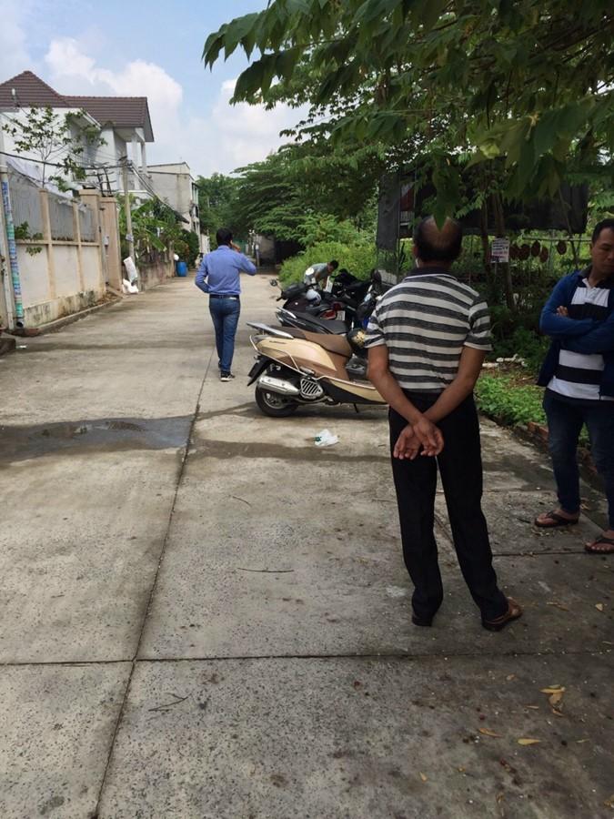 Bán lô đất hẻm oto đường Bưng Ông Thoàn, phường Phú Hữu, quận 9