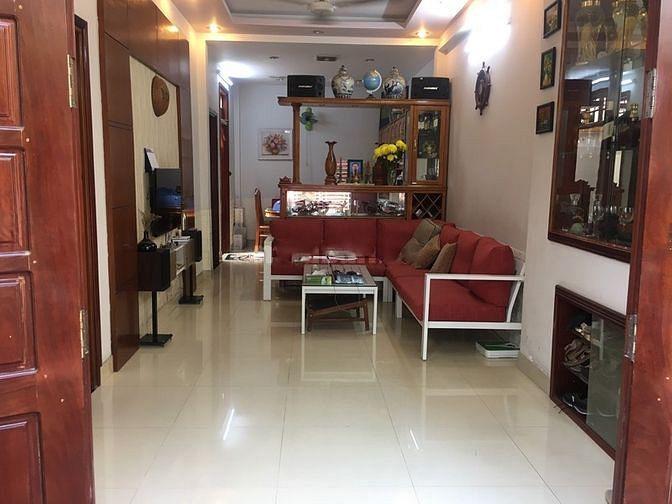 Cần cho thuê nhà nguyên căn Quân 9. sân rộng vườn rộng, nhà đẹp, hẻm xe hơi, gần trạm thu phí Xa lộ Hà Nội
