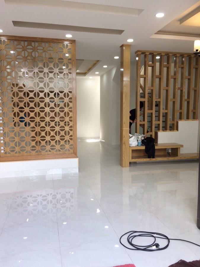 Bán nhà đường 385 Phường Tăng Nhơn Phú A Quận 9
