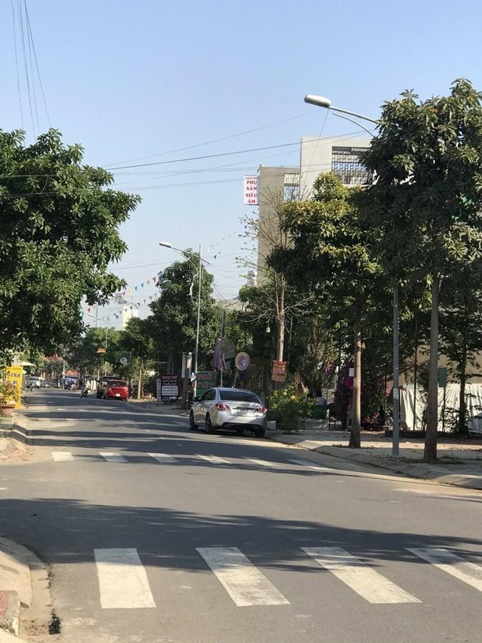Cần bán gấp lô đất tại dự án nam khang phường long trường quận 9